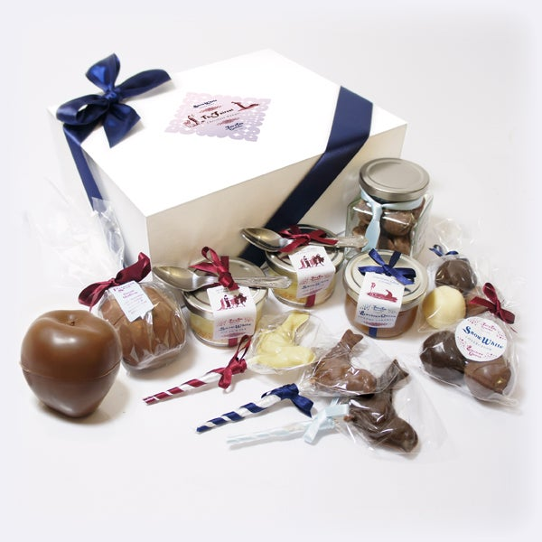 Image of Snow White 'The Fairest Chocolate Hamper'