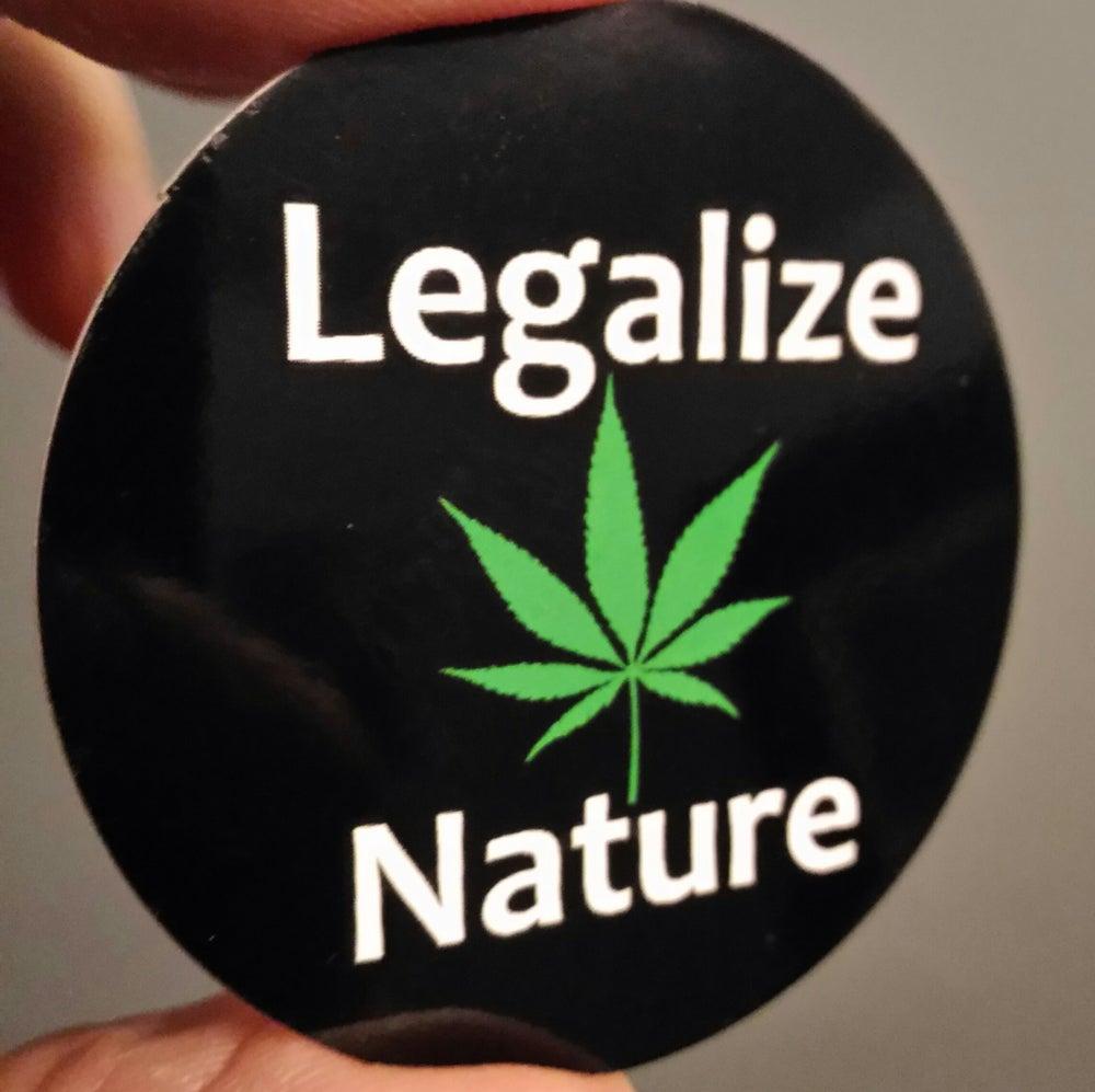 Image of Legalize Nature round vinyl color sticker