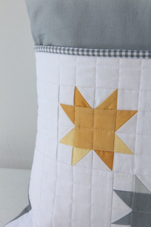 Image of Ombre Sunshine Reading Pillow