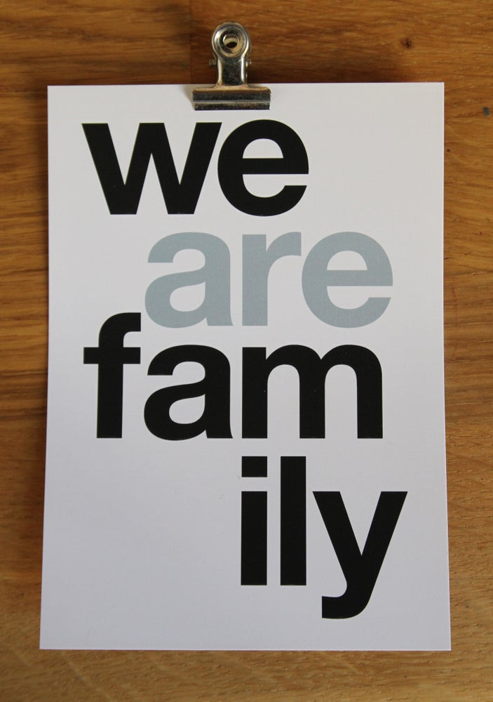 Image of CARTE POSTALE WE ARE FAMILY