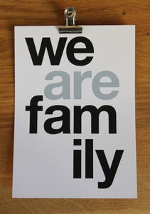 Image of ✭ NOUVEAUTÉ : CARTE POSTALE WE ARE FAMILY ✭