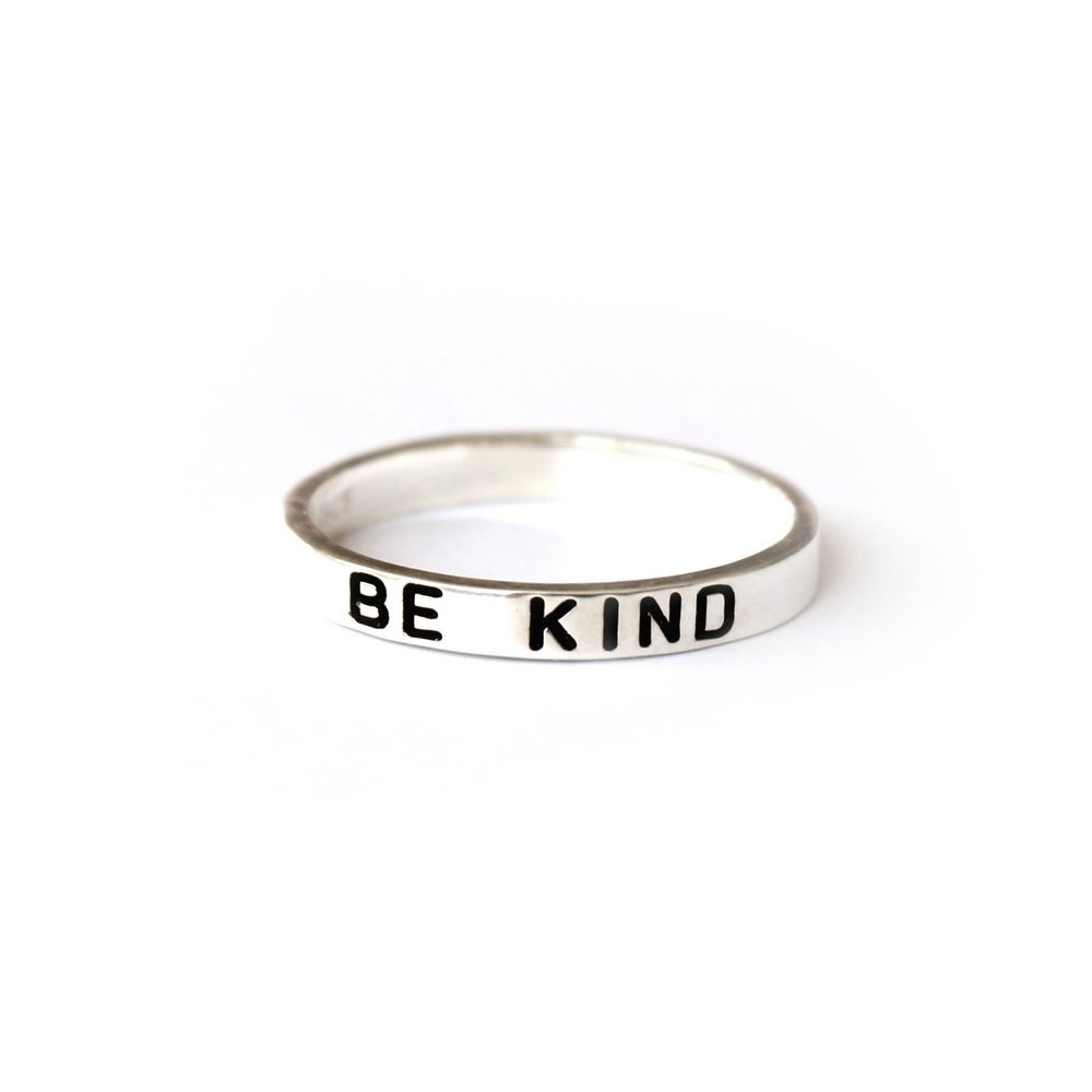 "Image of LOVELY WORDS: ""BE KIND"" PREMIUM 925 STERLING SILVER RING"
