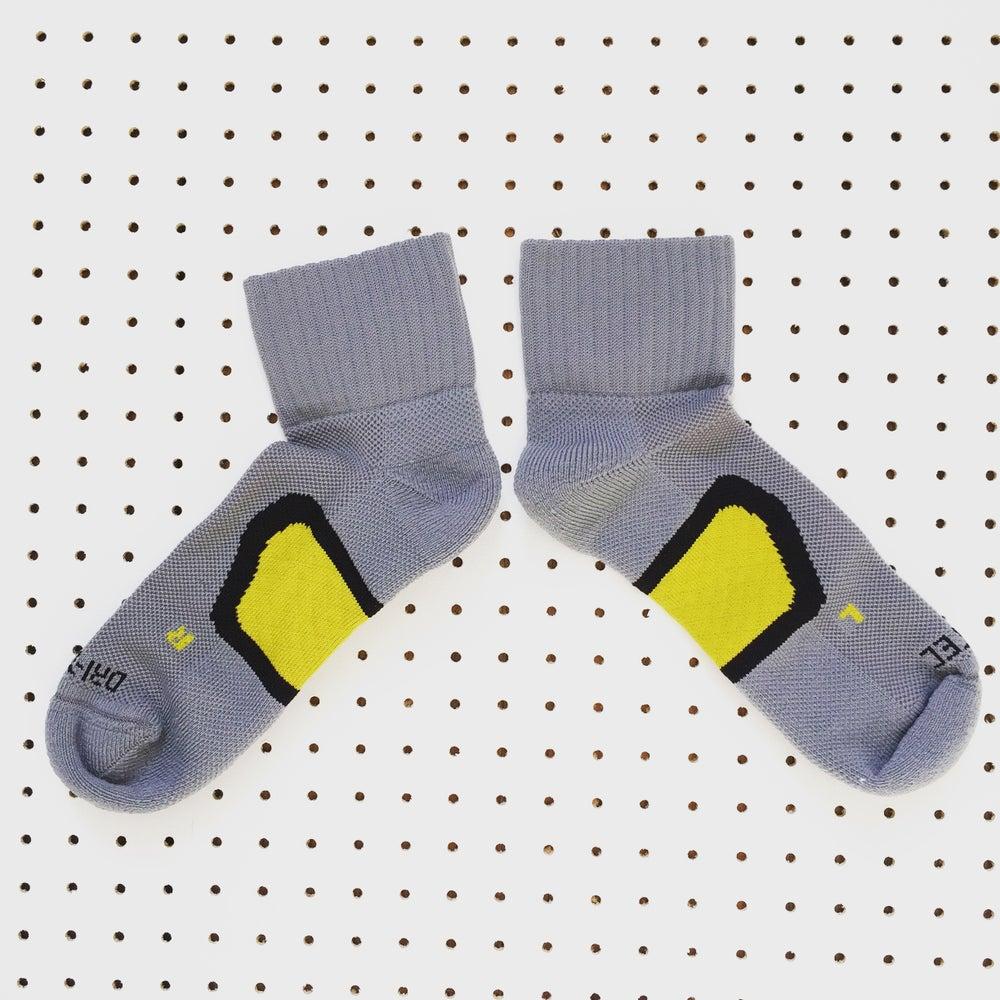 Image of Manchester Bee Dri-Tec® running socks in Grey+Yellow + Black
