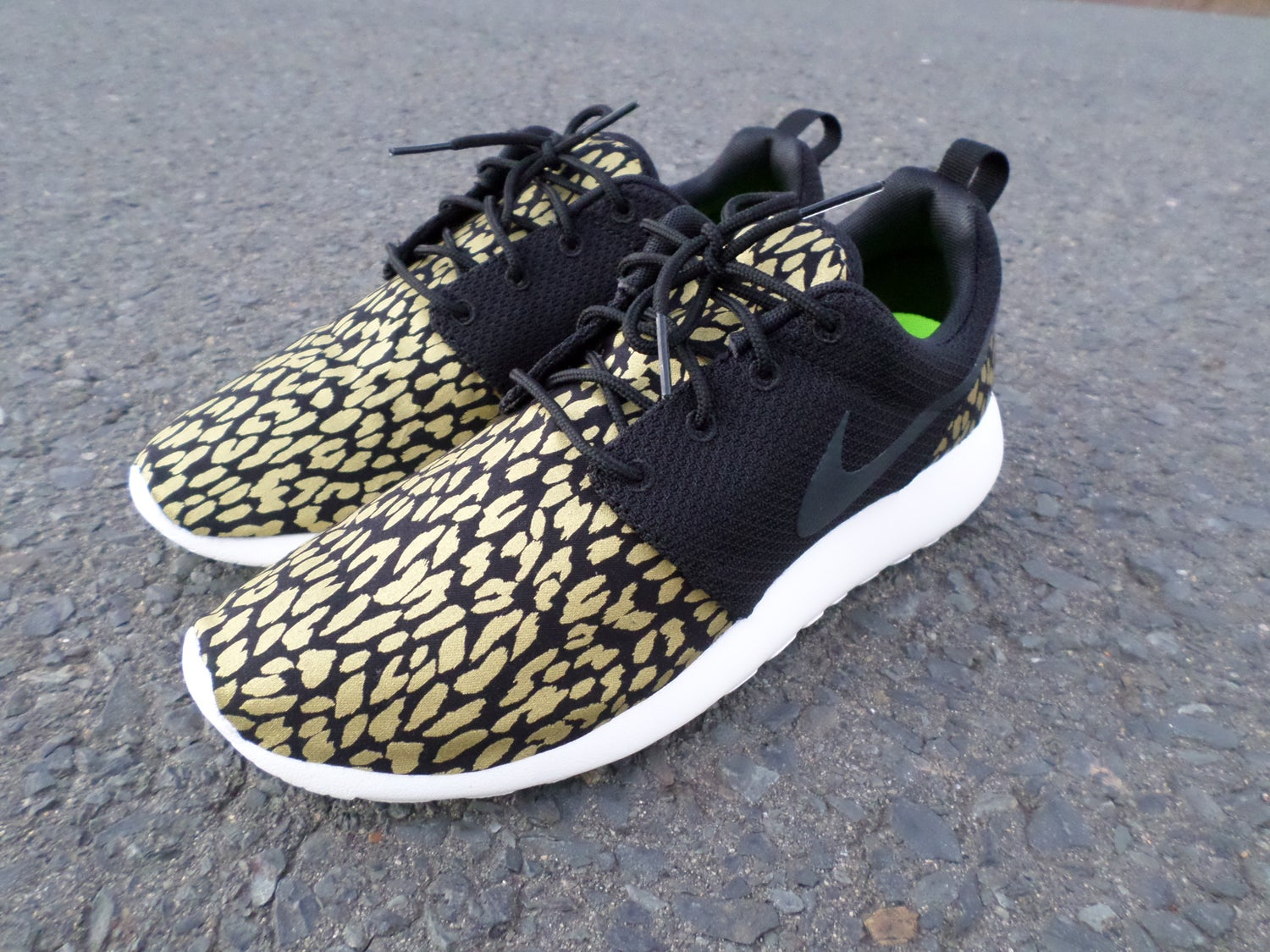 "Image of Custom Nike Roshe One ""Black & Gold Leopard"""