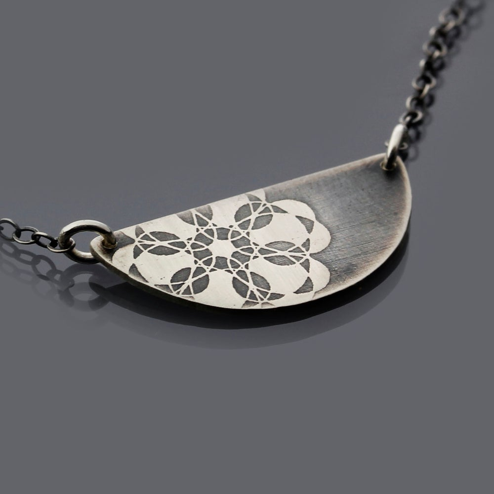 Image of Silver Semicircle Spiro Lace Necklace