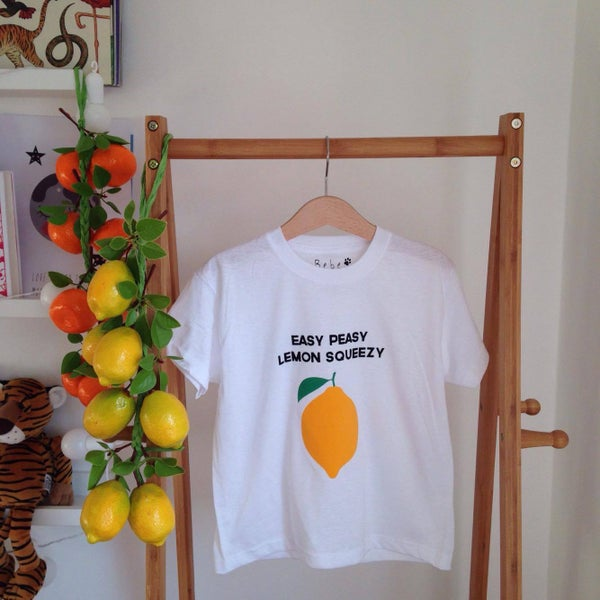Image of lemon Tee