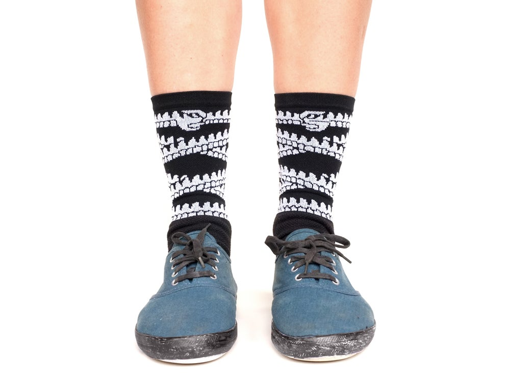 Image of Must Thrive Socks