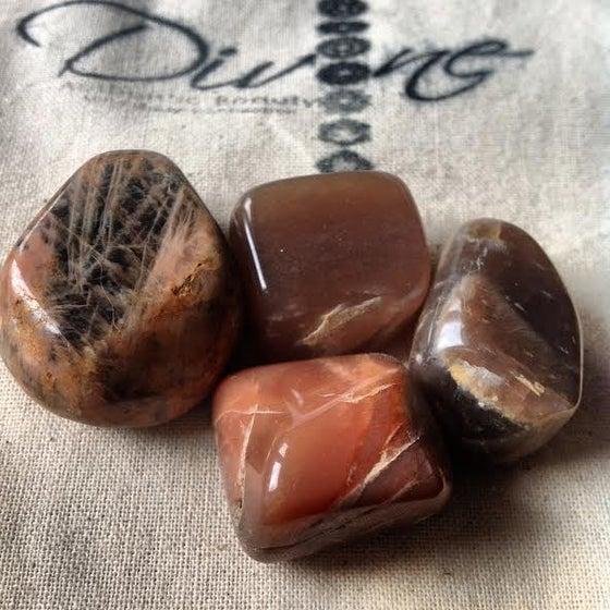 "Image of *Rare*   Chocolate Moonstone <3  ""The Crystal of the Goddess"""