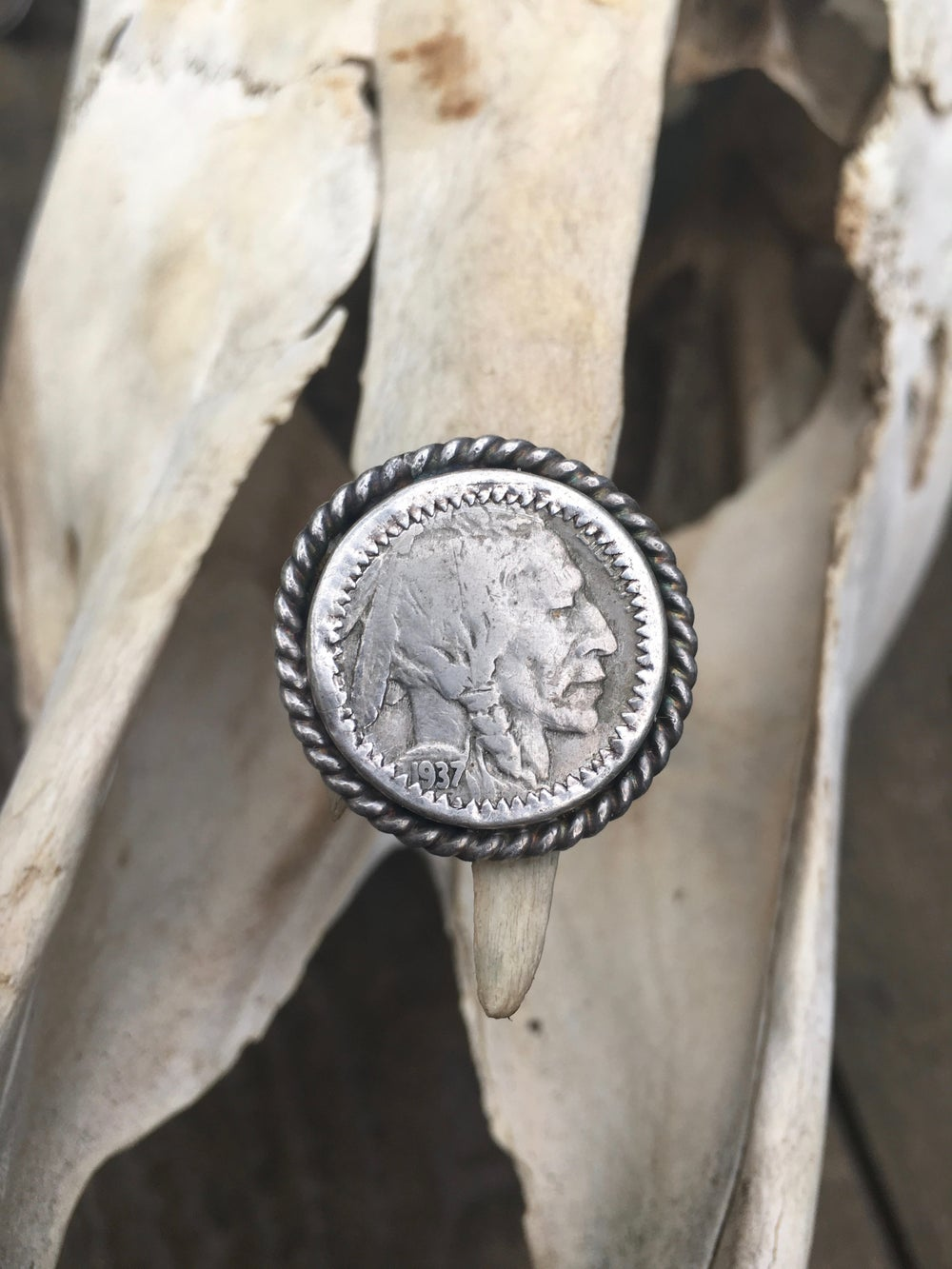 Image of 1937 BUFFALO HEAD NICKEL HEADS UP UNISEX RING