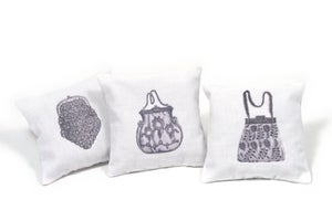 Image of III Lavender Cushions in a Gift Box: Purses