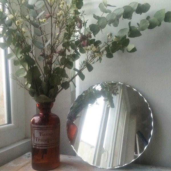 Image of Paco miroir rond ciselé
