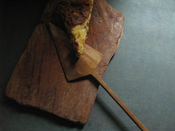 "Image of HAND CARVED CAKE SLICE - 36 CMS (14.25"")"