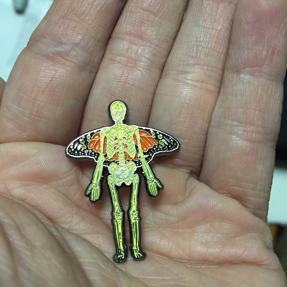 """Image of """"Skelly-Fly"""" 1.5"""" Soft Enamel Pin"""