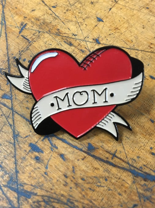 Image of MOM Heart Pin