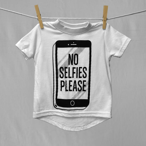 "Image of ""No Selfies Please"" White T-Shirt"