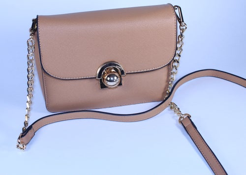 Image of Cross Body Bag With Chain Strap