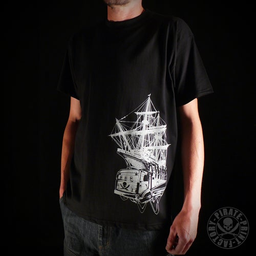 Image of T-shirt Pirate Boat Noir
