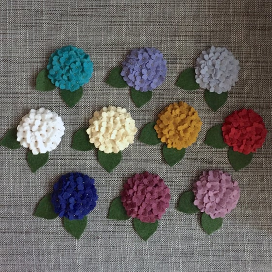 Image of mini hydrangea brooch or clip (ready to ship!)