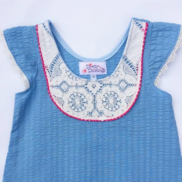 Image of Seersucker Doily dress - size 3