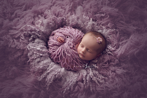 Image of Round Curly Felted Blanket - OLD LAVENDER