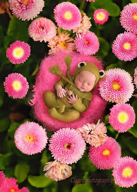 Image of Little Froggy Jammy Onesie & Bonnet Set