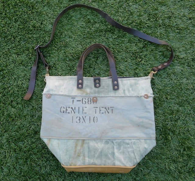 Image of MARBLED GREEN GENIE TENT CANVAS BUCKET TOTE & TOTE BAGS / Horse and Anchor