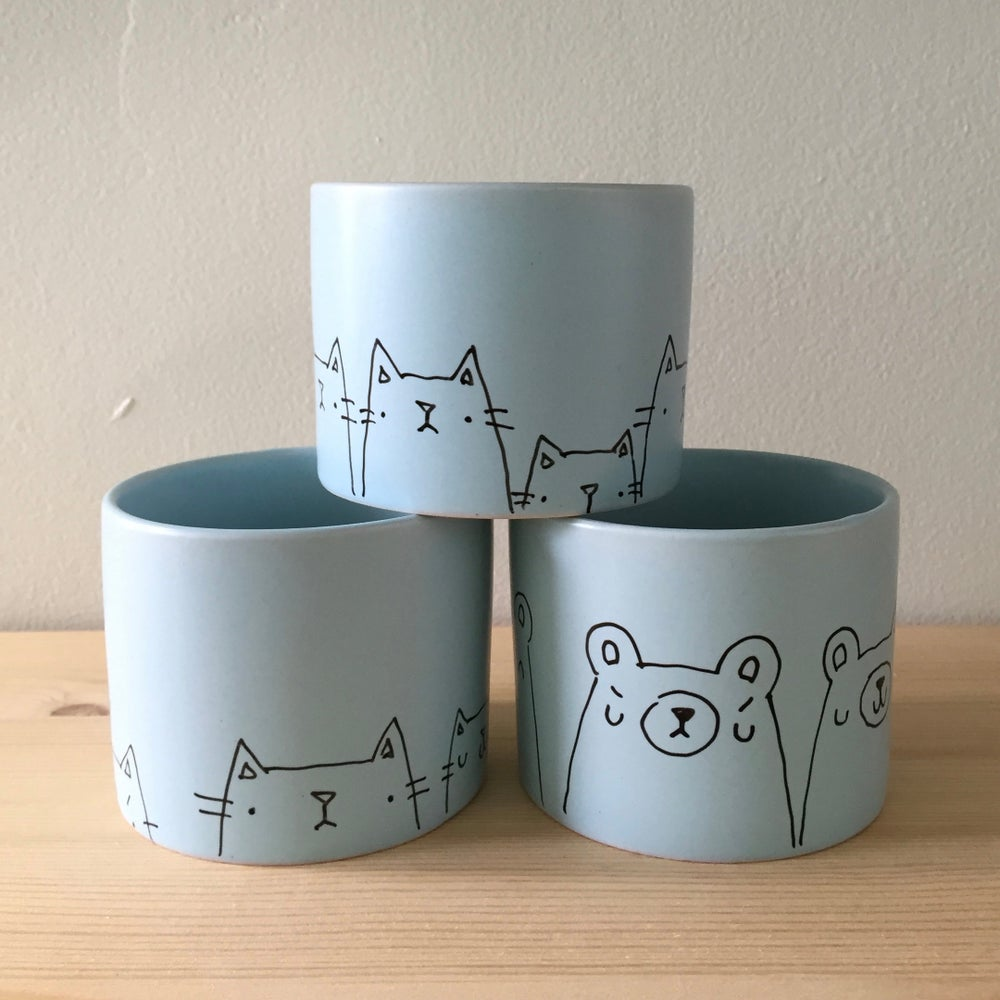 Image of hand-illustrated planters // pale sky