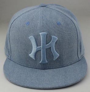 Image of HI hat (dusty blue)