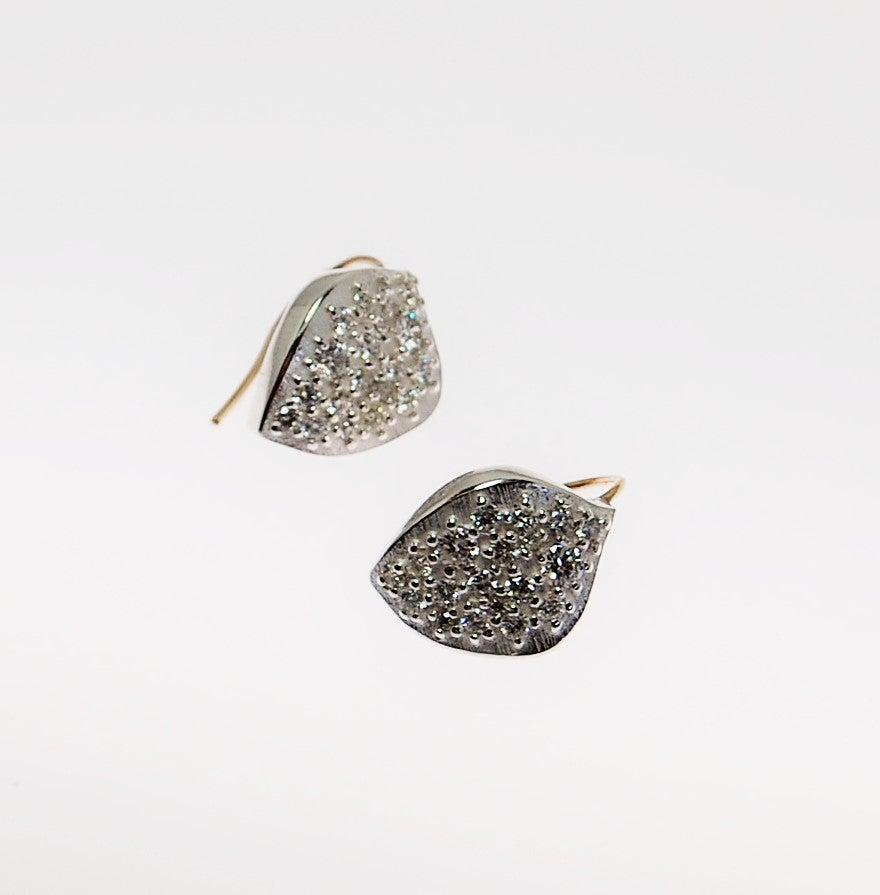 Image of Onde diamonds earrigs