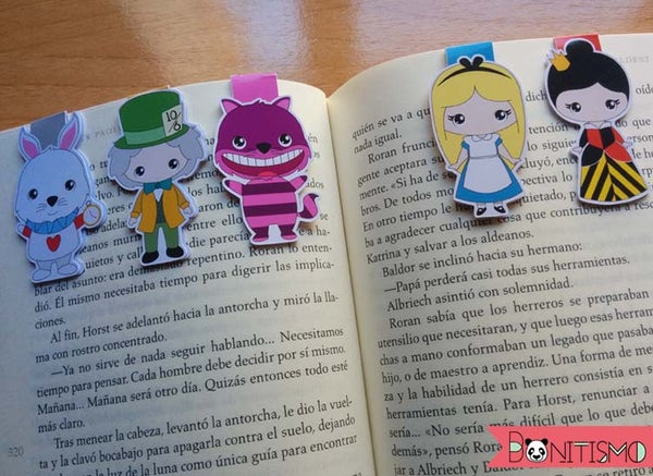 Image of Magnetic Bookmarks - Alice in Wonderland