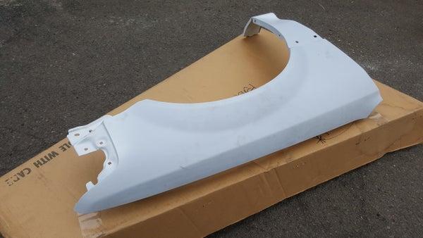 Image of BNIB Sedan Passenger Fender SH4 1988-1991 *primered white