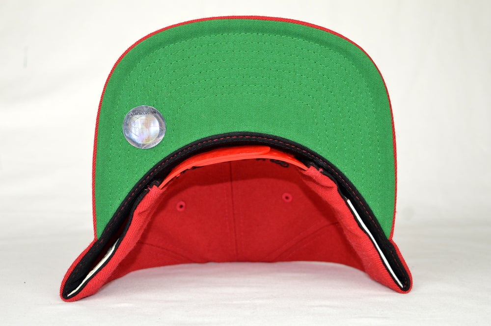 Image of MIAMI HEATS RED MITCHELL & NESS NBA SNAPBACK