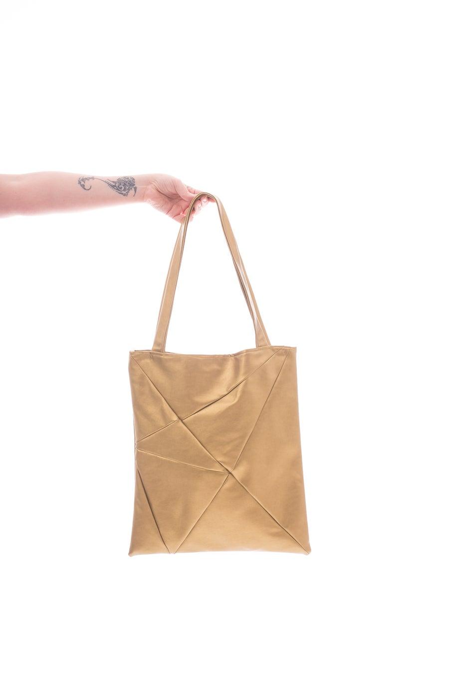 Image of GEO Bag metallic gold