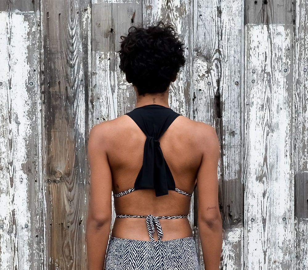 Image of •triangle• harness top: ebony