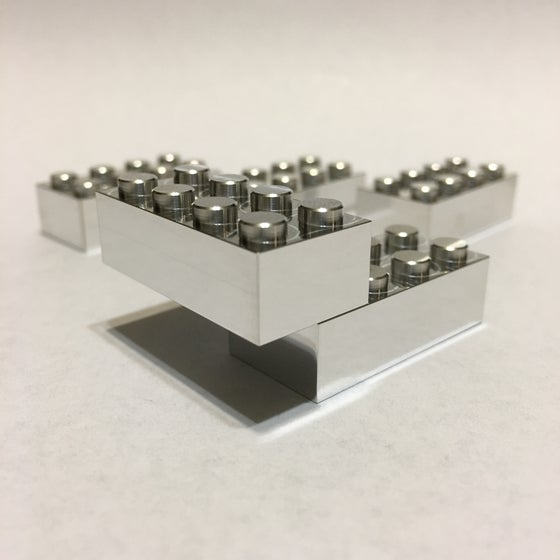 Image of RPM Corp Aluminum Standard 8 Peg Building Block