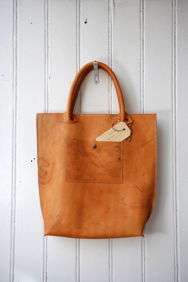 Image of Natural Leather Shopper #KP1253 by Labour of Art