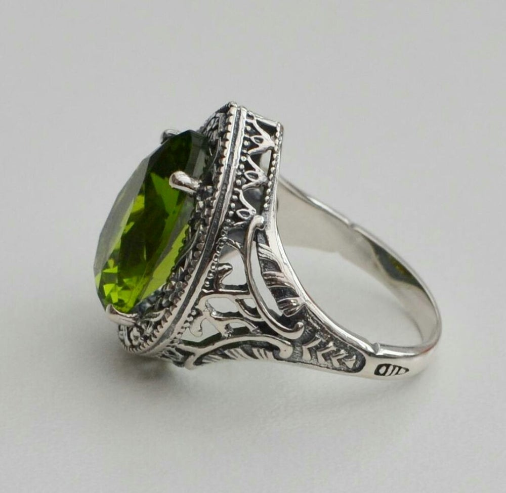 Image of - SILVER SCREEN - Ripley Ring