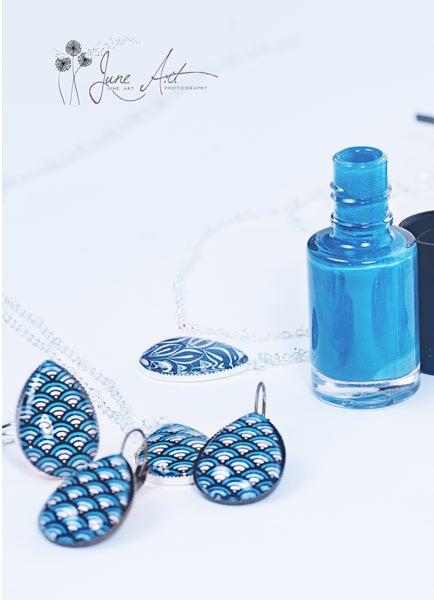 Image of Les bijoux Blue japan