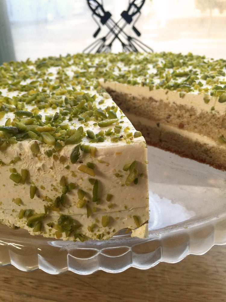 Image of Pistachio and lemon curd layer cake