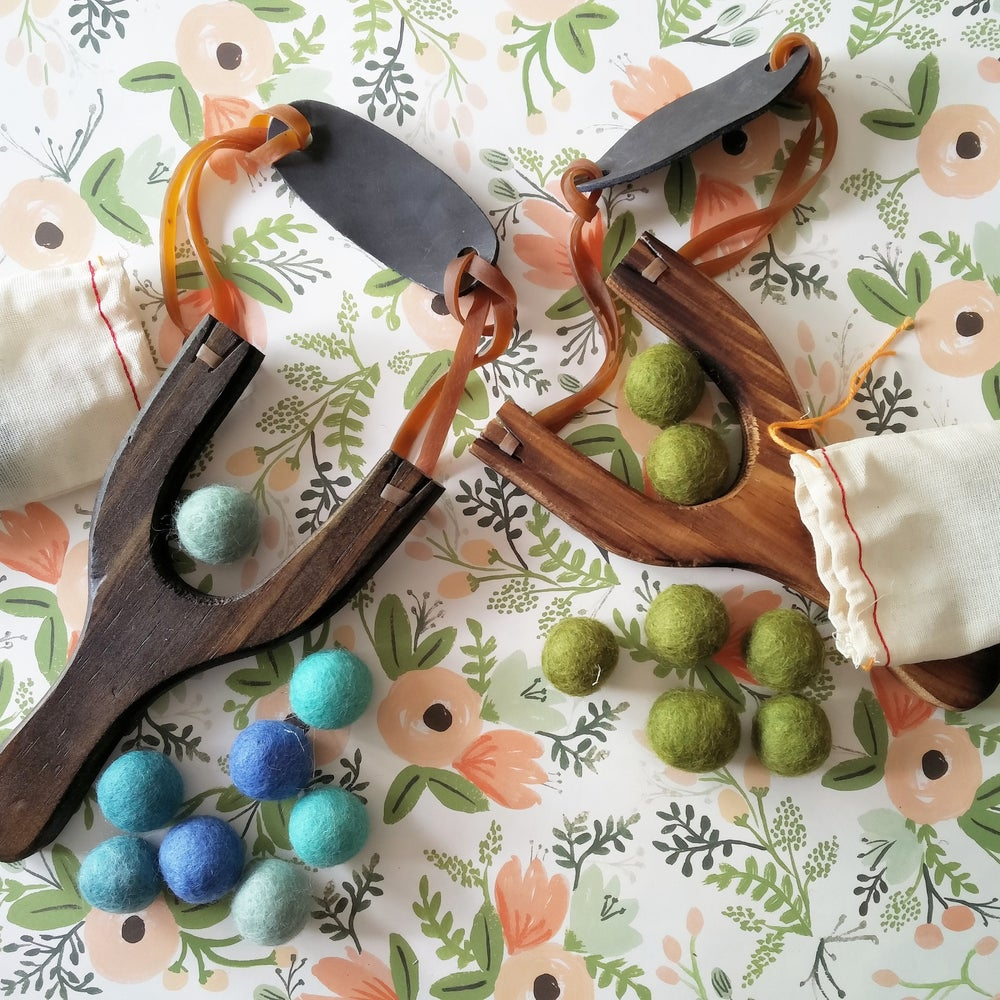 Image of Wooden Slingshot with Felt Ball Ammo