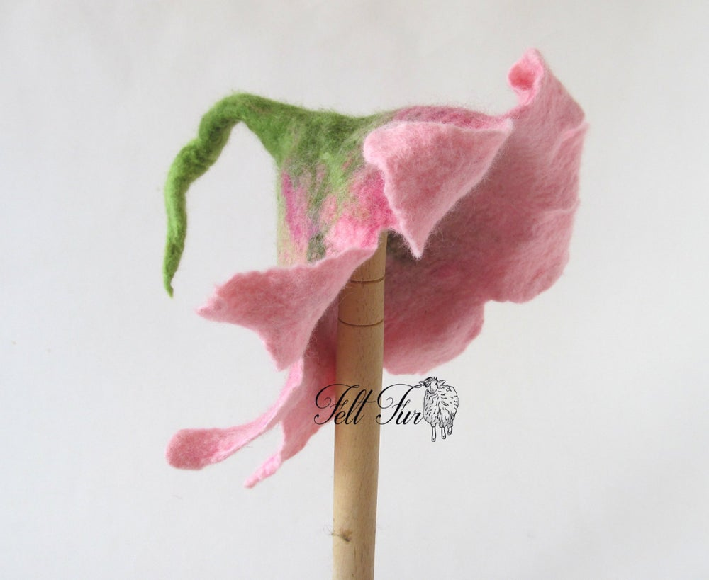 Image of Felted Newborn Hat Photoprops hat Baby Hat, Infant Hat Baby Blue Pink