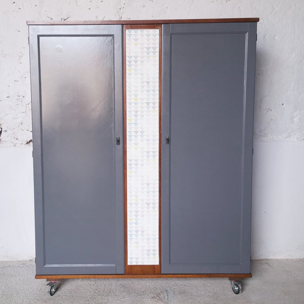 Image of Armoire mobile - Vintage