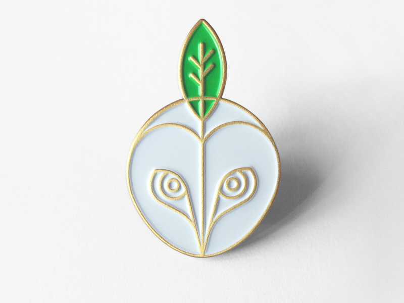 Image of White Owl Pin © by vacaliebres