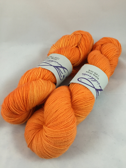Image of Orange Peel: Superwash Warm Heart Fingering