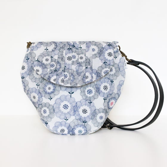Image of Dandi Poppy Strawberrie Crossbody Bag