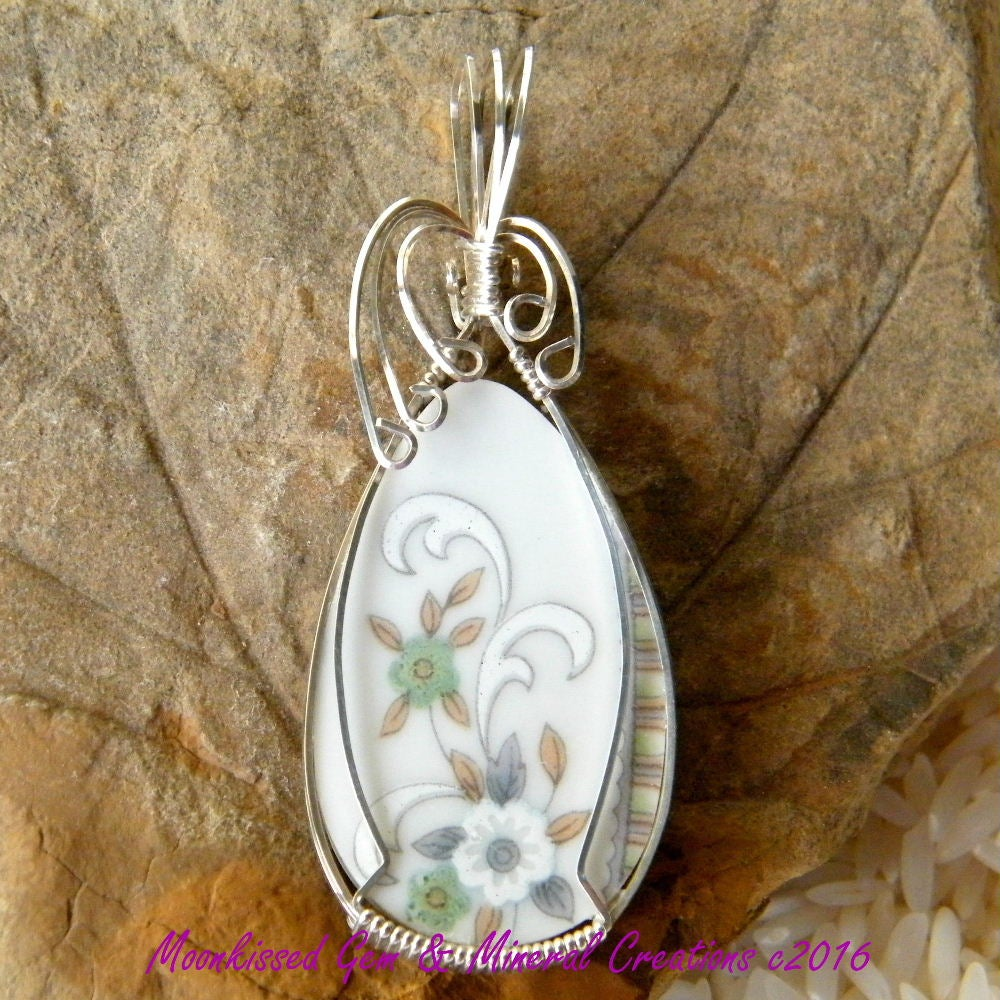 Image of China Sterling Silver Wirewrapped Pendant