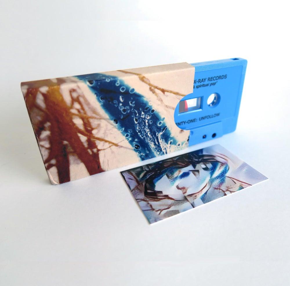 Image of blue twenty-one: Unfollow