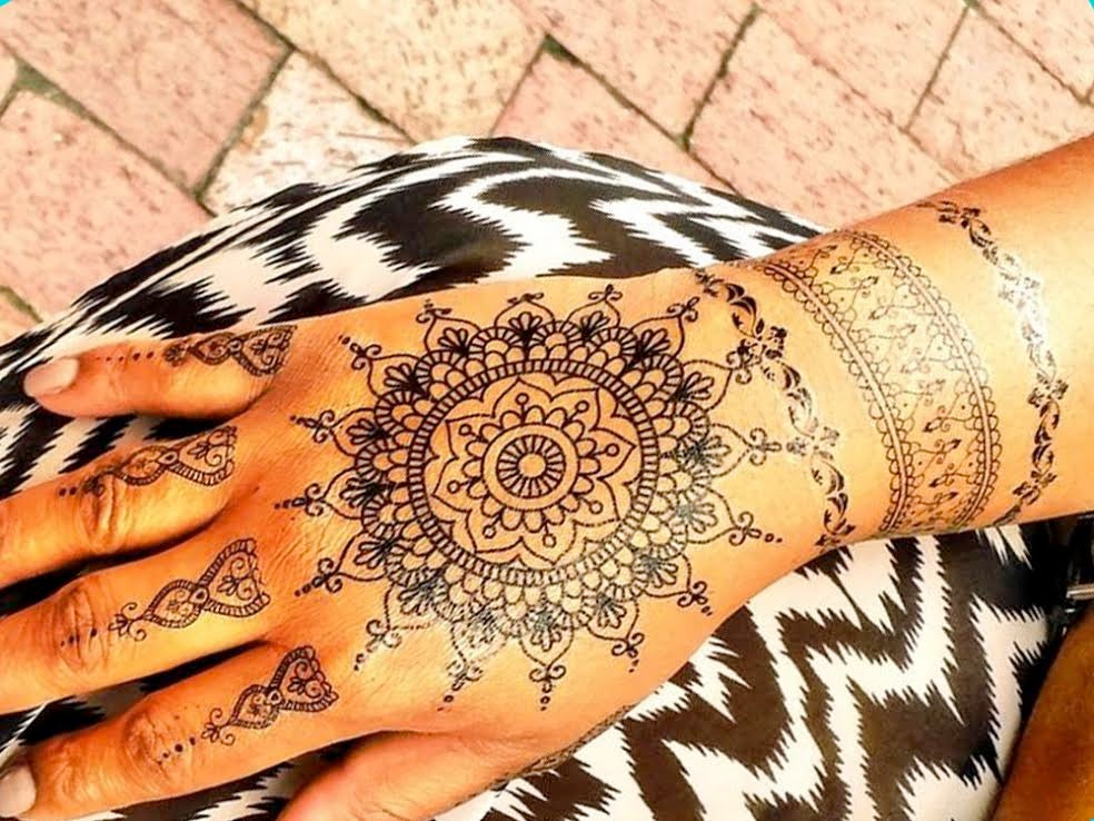Image of Black Abeena Henna Tattoo