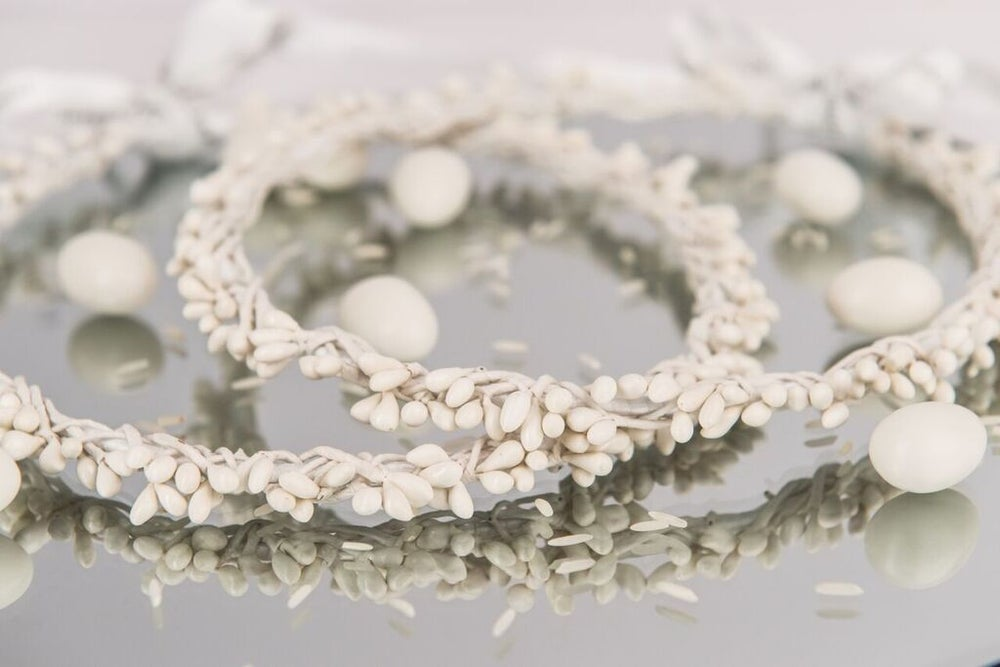 Image of White Berries Stefana