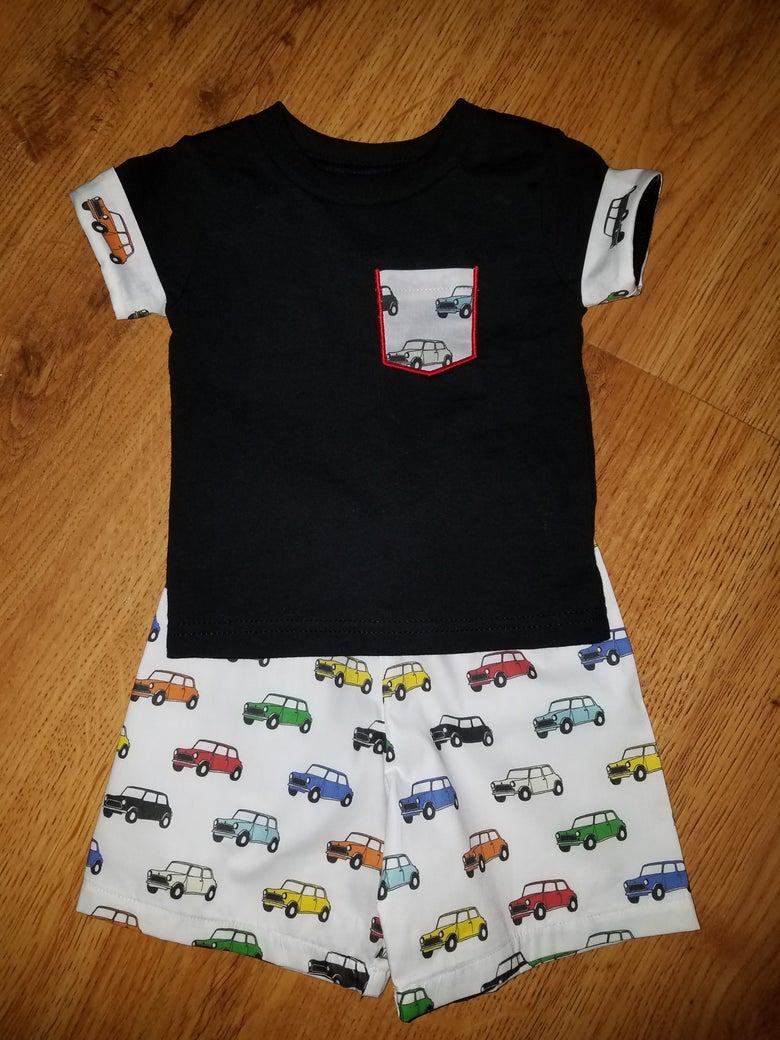 Image of Handsone MINI pocket T and short set